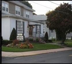 James O Bradley Funeral Home: 260 Bellevue Ave, Penndel, PA