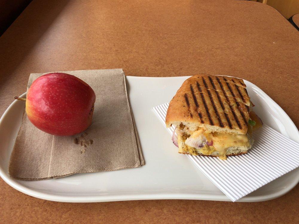 Panera Bread: 215 Fort Evans Rd NE, Leesburg, VA