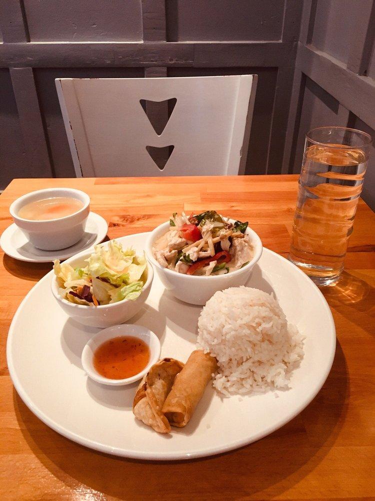 Pinto Thai Bistro