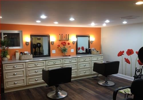 The Hair Refinery: 206 Mary Ave, Mill Hall, PA