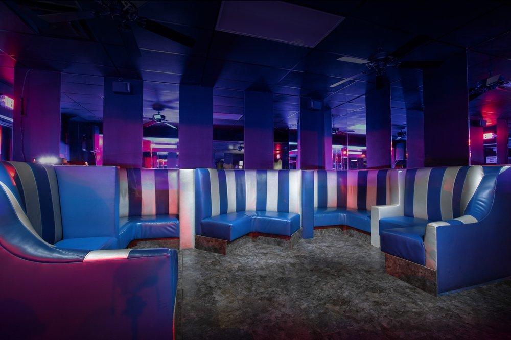 Christie cabaret phoenix private bachelor party strippers, pole dancers, lap dances