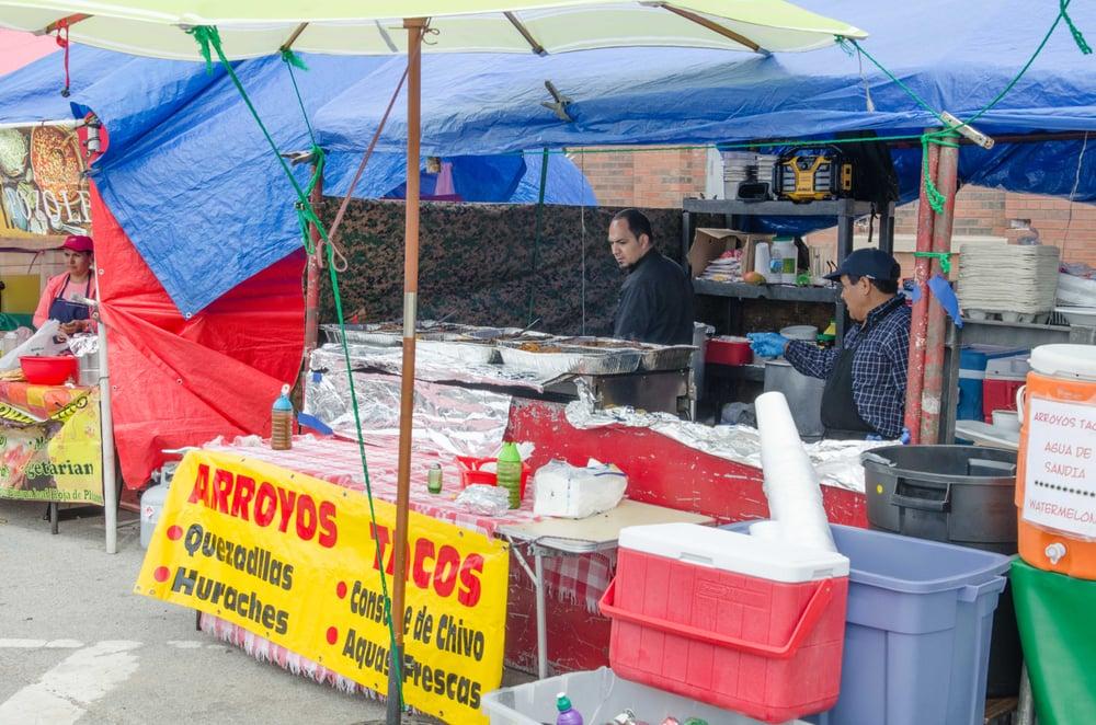 Arroyos Tacos: 800 S Desplaines St, Chicago, IL