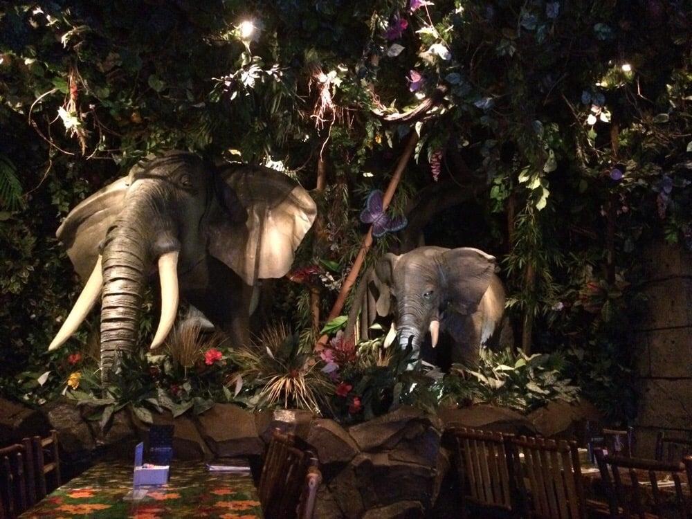 Rainforest Cafe Edison Reservations