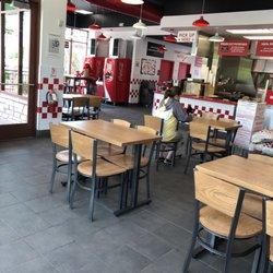 Five Guys 20 Photos 38 Reviews Fast Food 1335 W Elizabeth