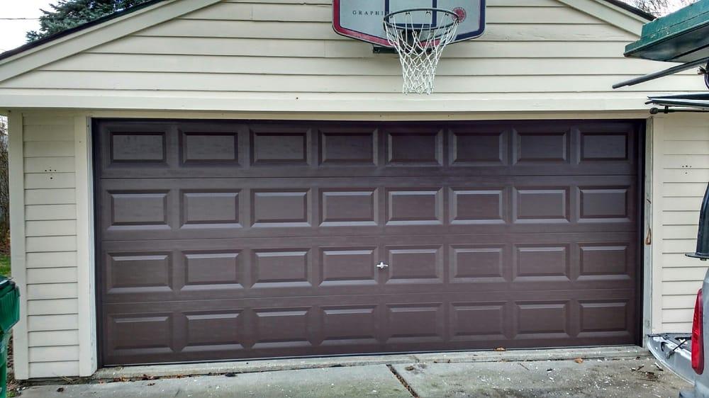 New 16x7 insulated garage door installed in eastpointe yelp for 16x7 insulated garage door