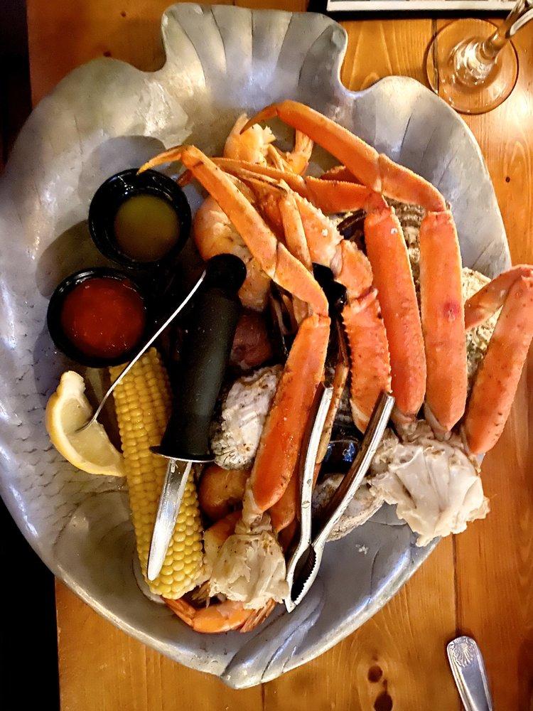 Dockside Restaurant: 71 Sea Island Pkwy, Beaufort, SC