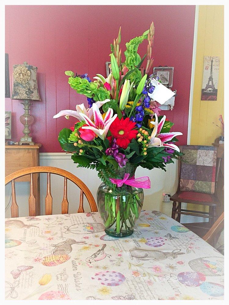 Stanley Florist: 524 S Hwy 27, Stanley, NC