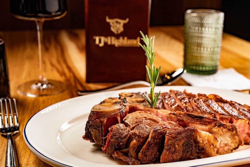 TJ's Highland Steakhouse: 11 West Ripple Ave, Oshkosh, WI