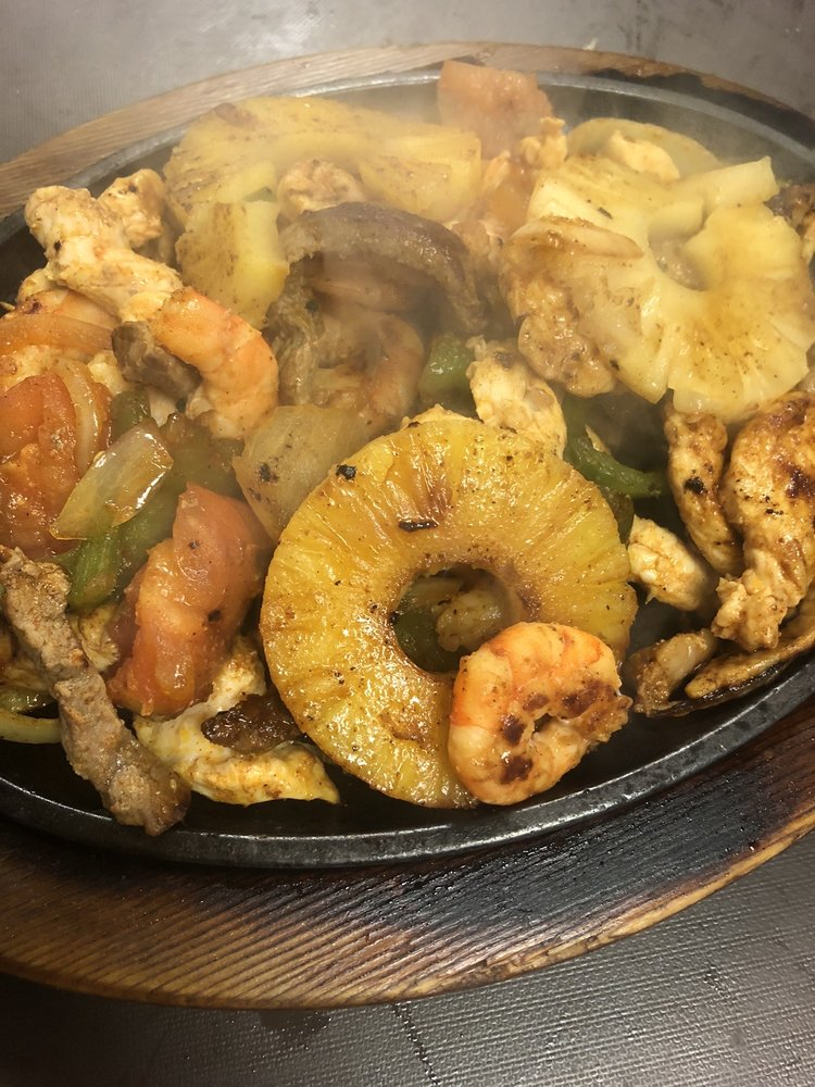 Food from Pelancho's