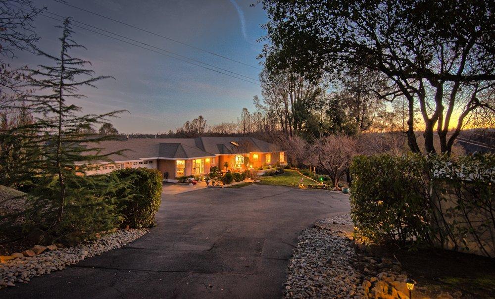 Vista Real Estate: 3645 Eureka Way, Redding, CA