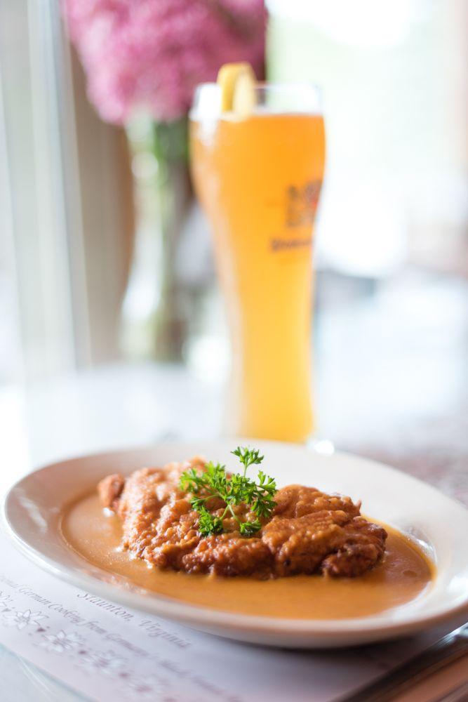 Edelweiss German Restaurant: 19 Edelweiss Ln, Staunton, VA