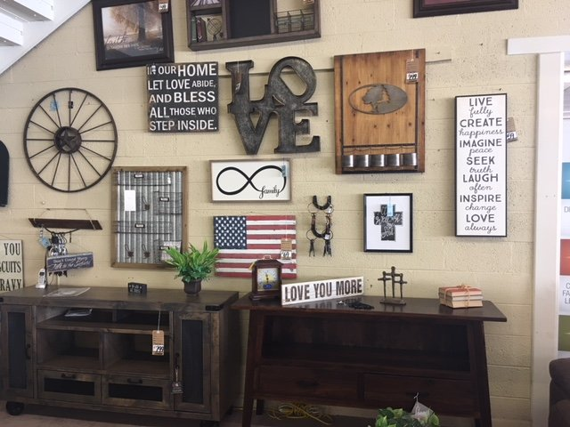 Maupin's Home Furniture: 406 9th St, Alamogordo, NM