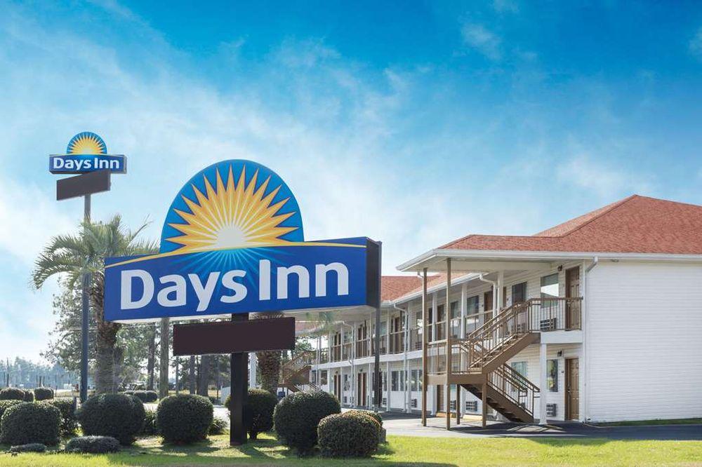 Days Inn by Wyndham Ashburn: 156 Whittle Circle, Ashburn, GA