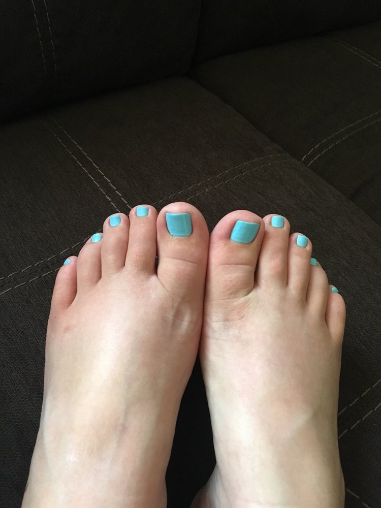 Lake Forest Nail Salon Gift Cards - Illinois   Giftly