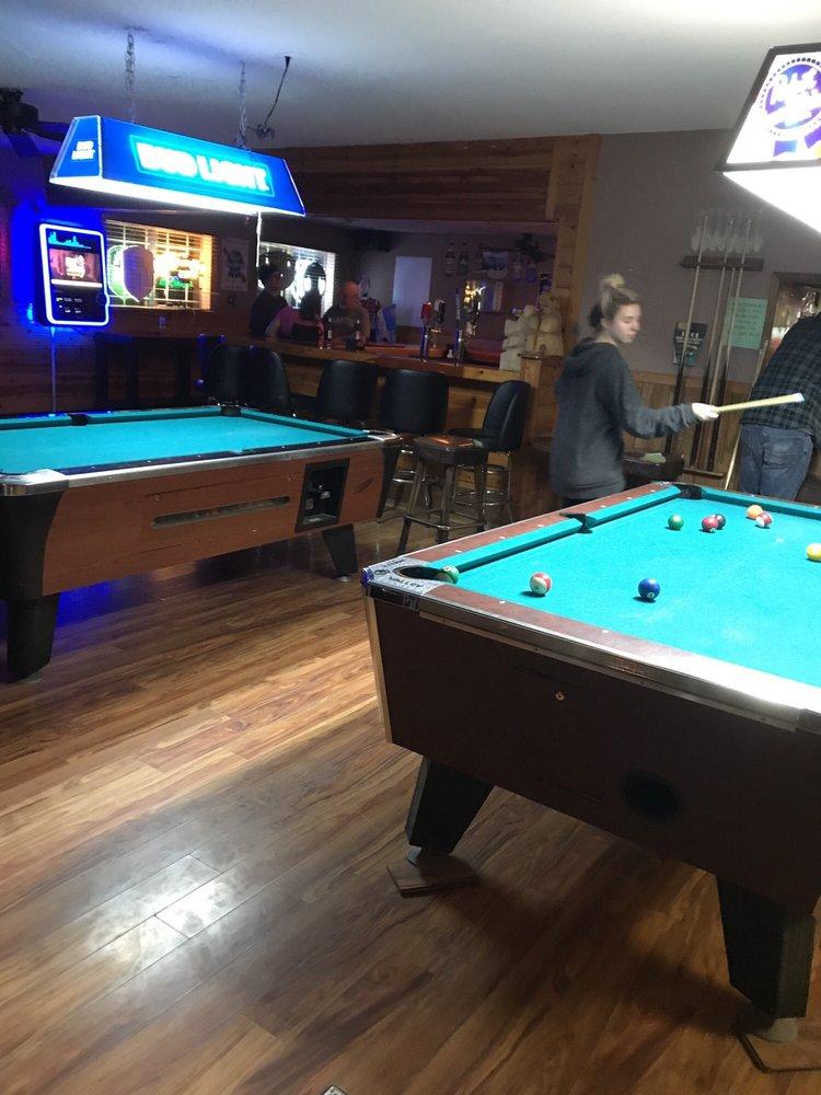 The Oakroom Bar: 40807 Hwy 41, Oakhurst, CA