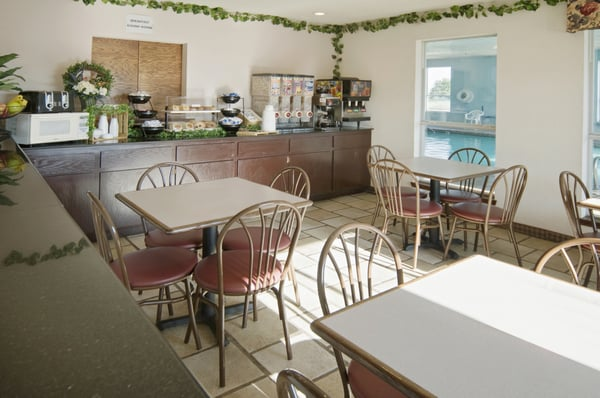 Americas Best Value Inn: 800 E Oklahoma Blvd, Alva, OK