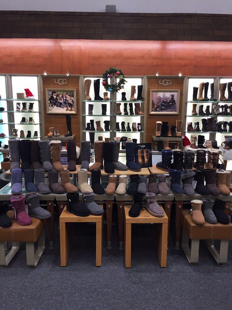 Shoe Village: 45-22 162nd St, Flushing, NY