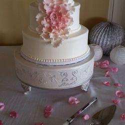 CakeAlicious Design Studio - CLOSED - 12 Reviews - Cupcakes - 4268 ...