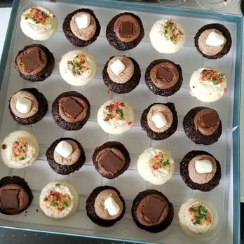 Hot Cocoa Christmas Cookies Milk Limited Edition Cupcakes