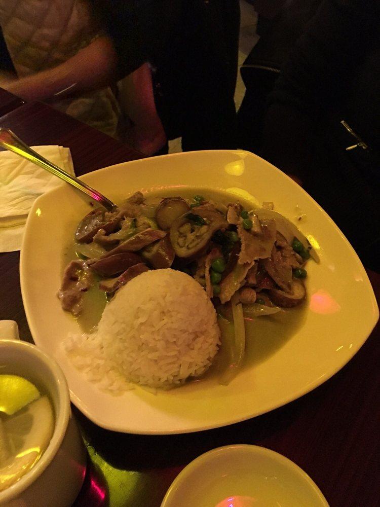 Simply Thai Restaurant: 13300 Tecumseh Road E, Tecumseh, ON