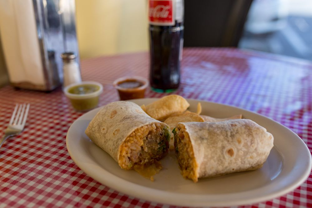 Tere's Mexican Grill: 5870 Melrose Ave, Los Angeles, CA