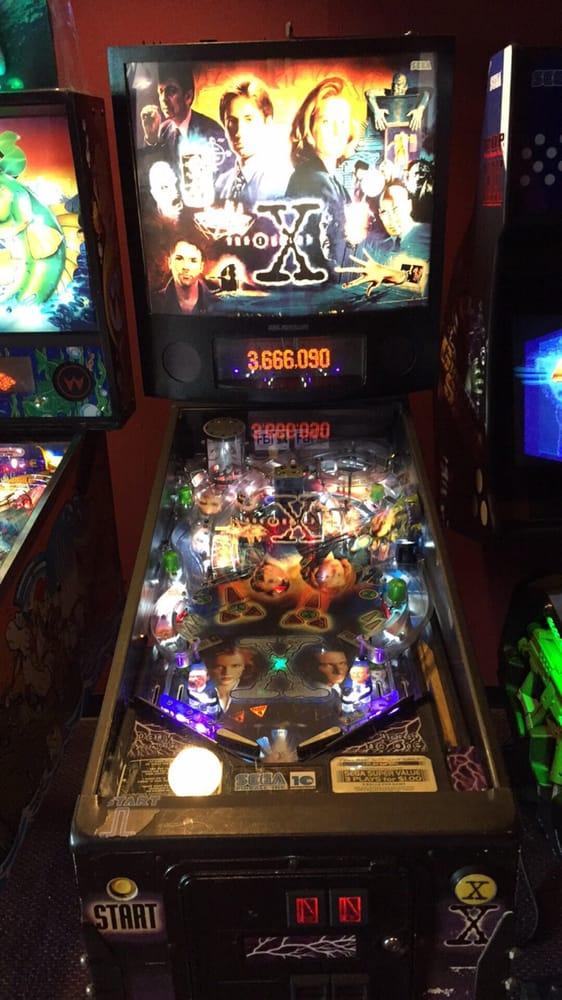 Encore Cinema: 930 Great East Plz, Niles, OH