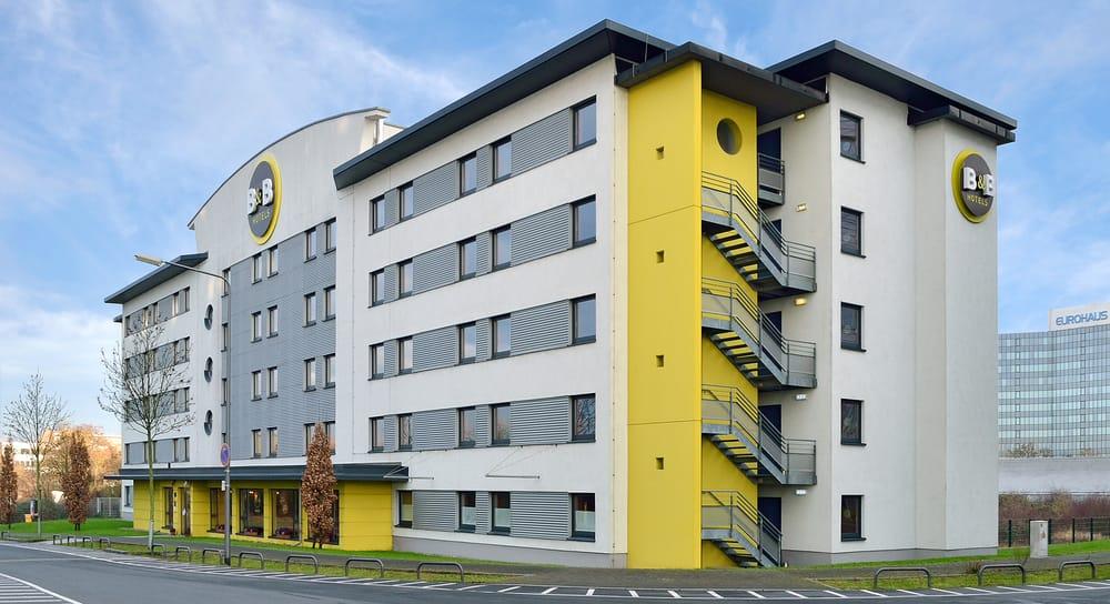 Hotel In Schwanheim Bei Frankfurt Am Main