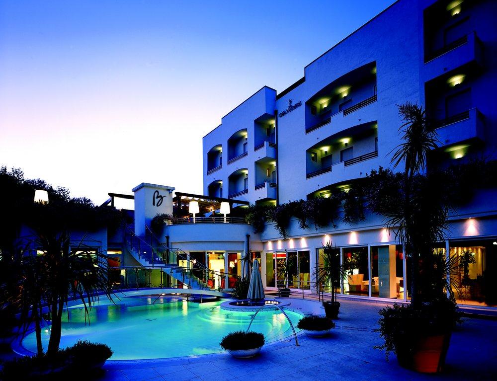 Hotel belvedere hotel via antonio gramsci 95 riccione for Hotel numero