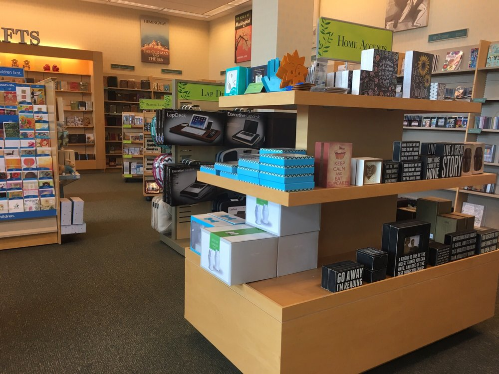 Barnes & Noble Booksellers: 4000 Jericho Tpke, East Northport, NY
