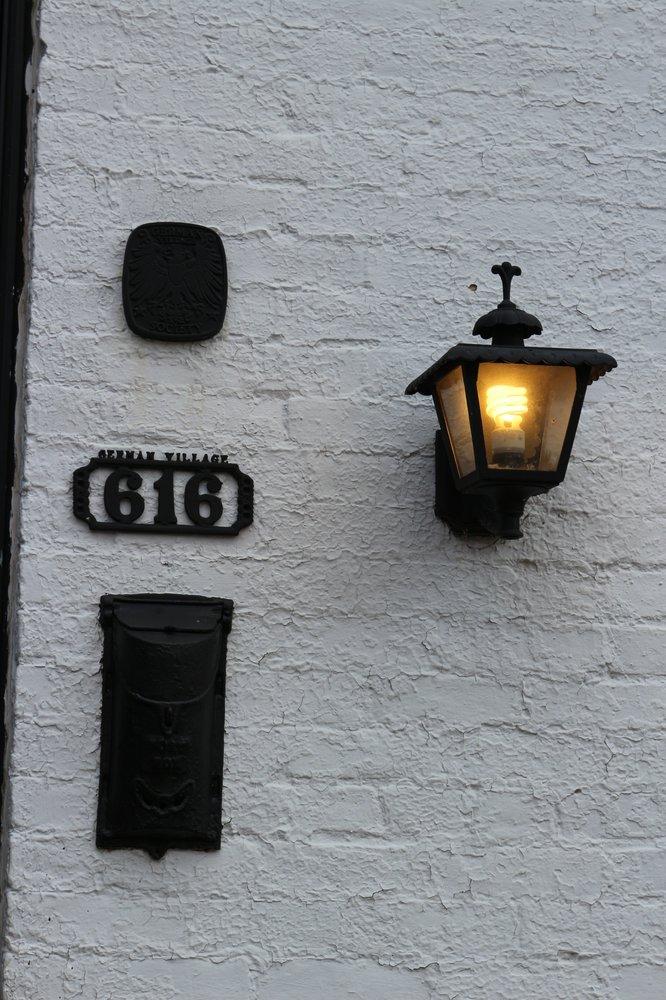 German Village: 588 S 3rd St, Columbus, OH