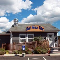 Anastasios Boathouse Cafe New Haven Ct