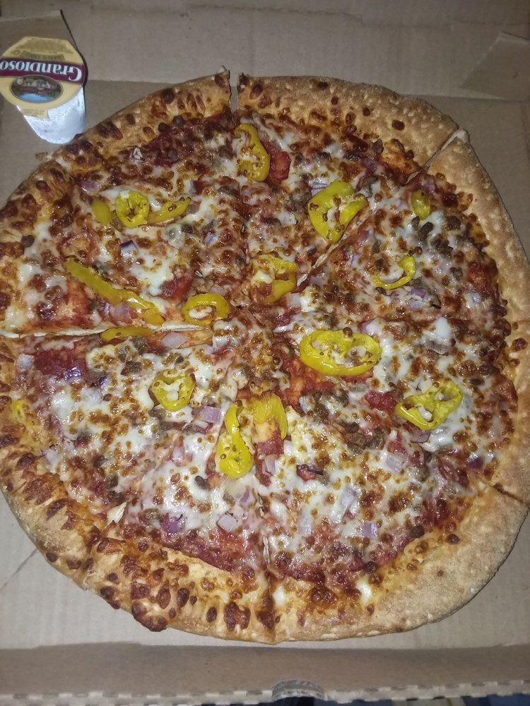 Bourbon Street Pizza: 614 E Lake Shore Dr, Culver, IN