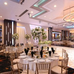 De Luxe Banquet Hall - 44 Photos & 34 Reviews - Lounges - 237 E ...