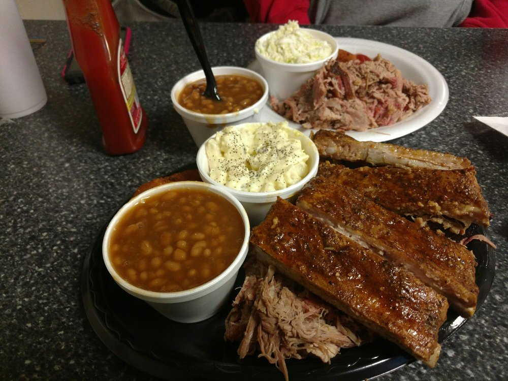 Apple City BBQ: 3490 Nc Hwy 16 S, Taylorsville, NC