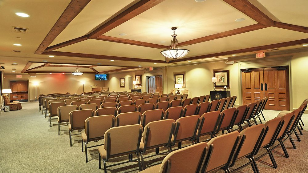 Rolling Oaks Funeral Home: 400 Freeport Pkwy, Coppell, TX