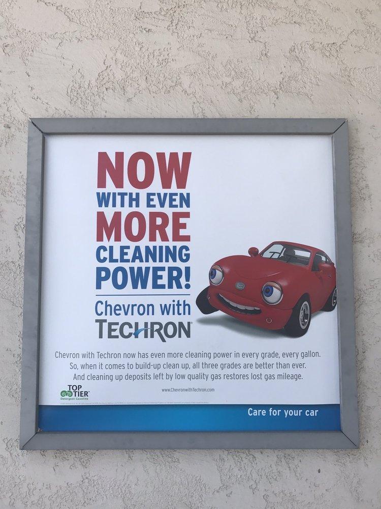Chevron: 5221 Palo Comado Cyn Rd, Agoura Hills, CA