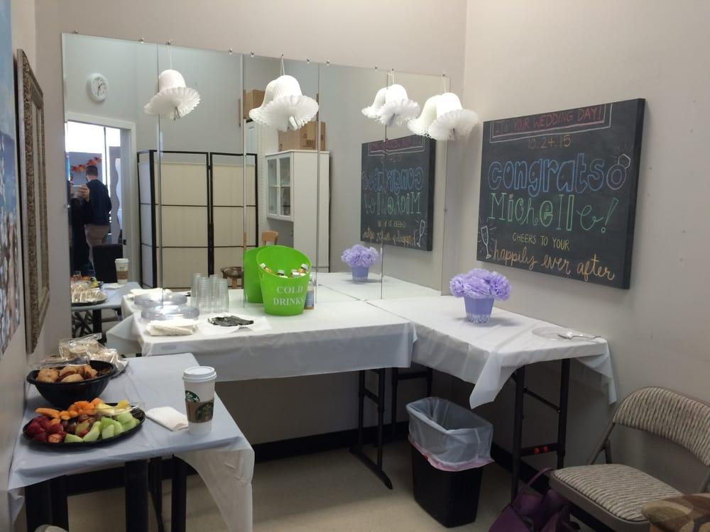 Bristles & Shears Hair Salon & Grooming Studio: 21000 Southbank St, Sterling, VA