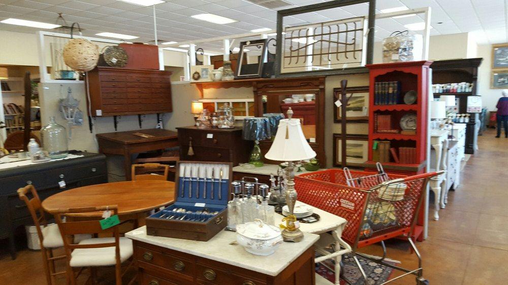 Amy's antique & Flea Mall