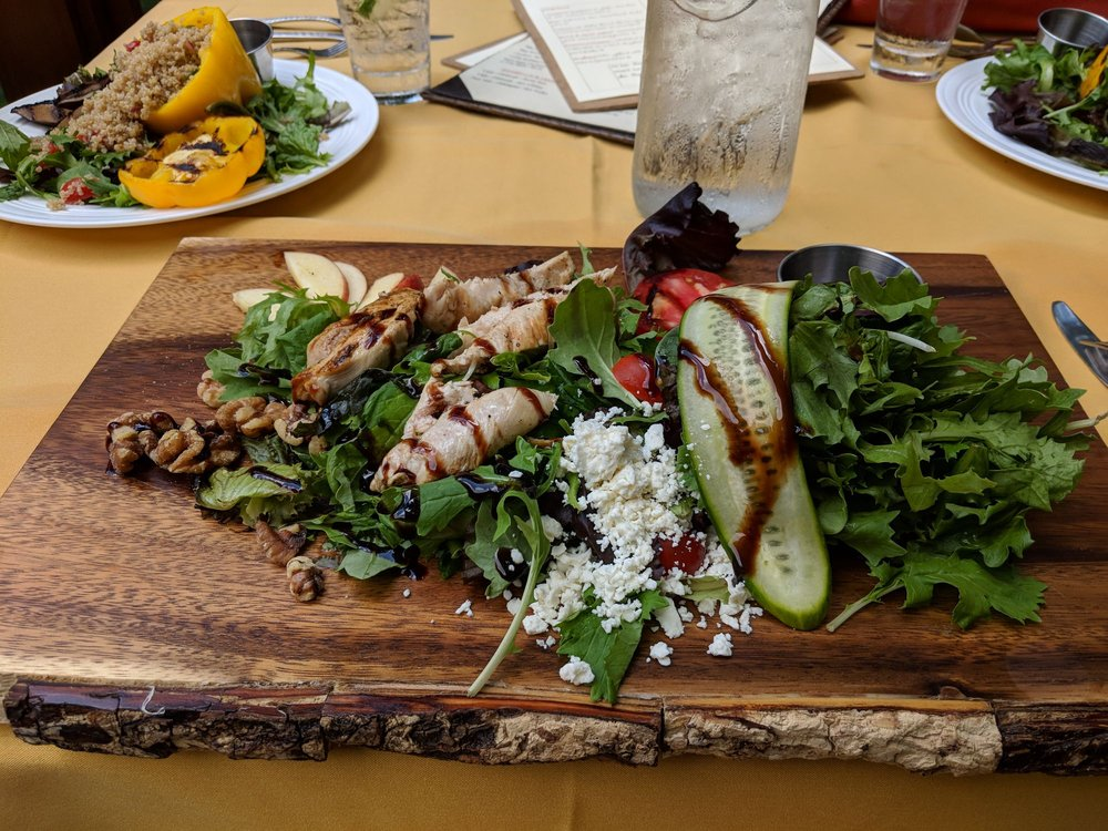 Tree Tops Restaurant: 187 Evergreen Ln, Acme, PA