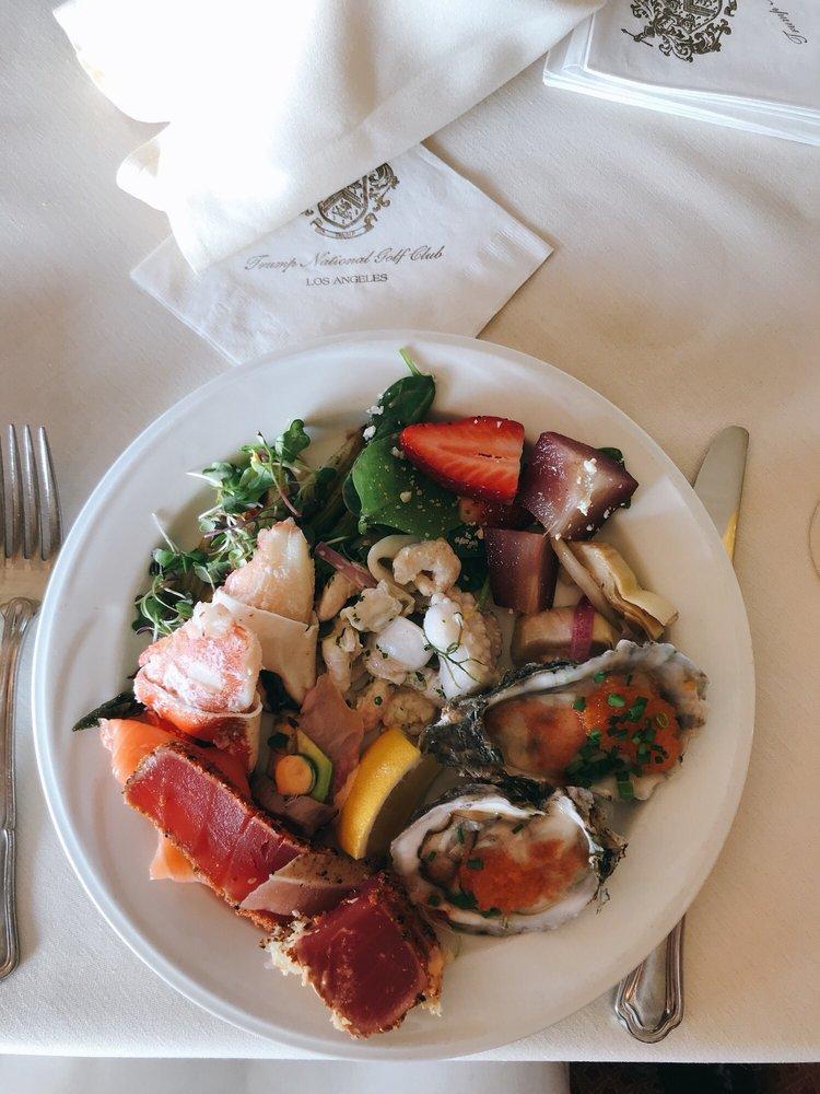 Trump National Golf Club Restaurant: 1 Ocean Trails Dr, Rancho Palos Verdes, CA