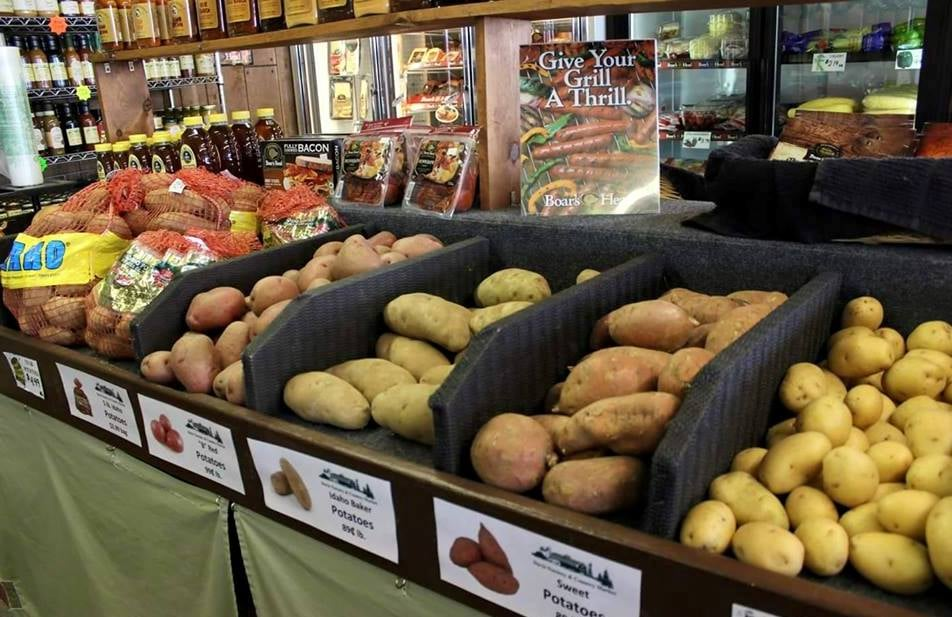 Davis Nursery & Country Market: 202 Clifty Dr, Madison, IN