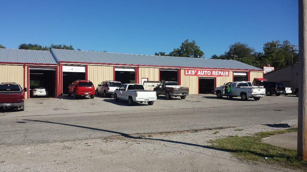 Les Auto Repair: 205 S Center St, Grove, OK
