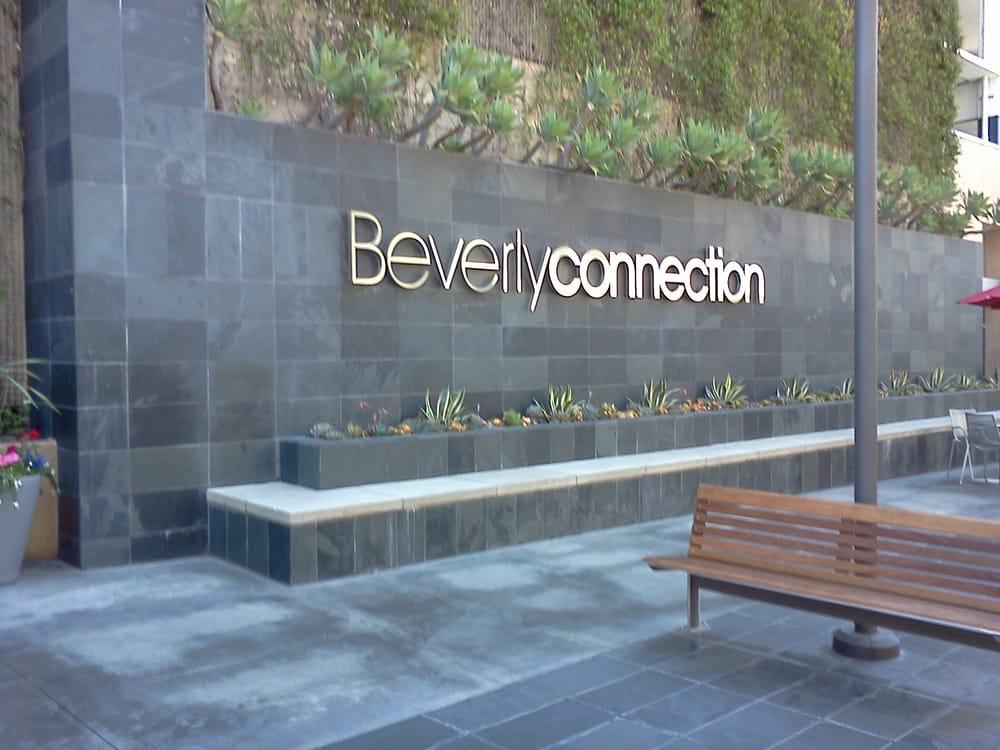 Restaurants Near Beverly Connection