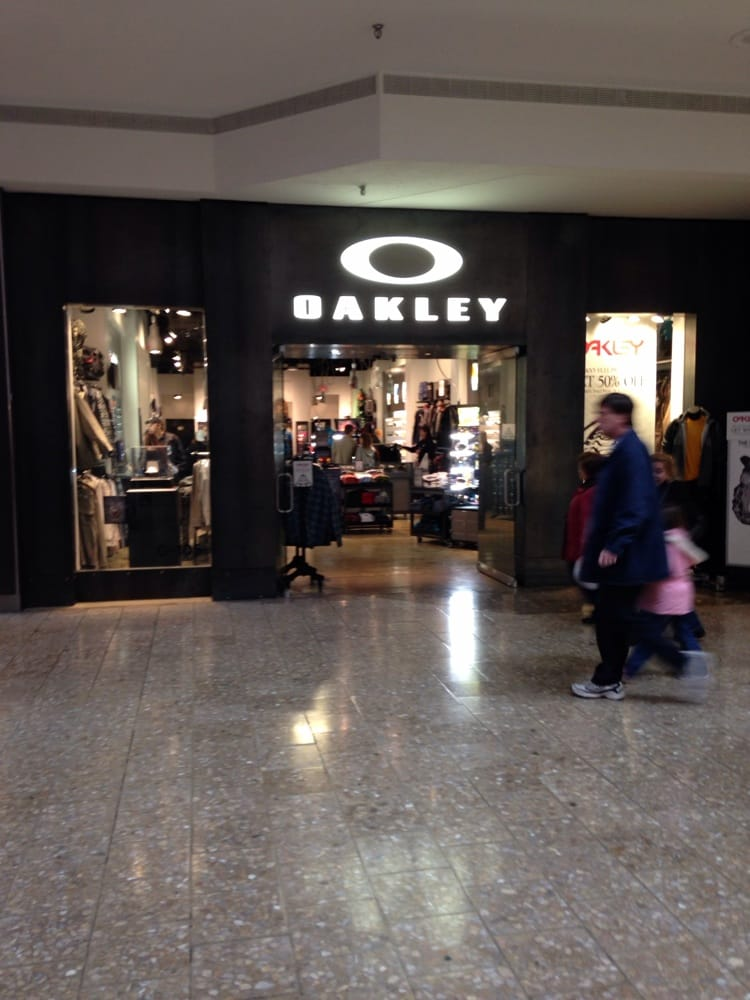 f2db79b2fd9 Oakley Store Woodfield « Heritage Malta