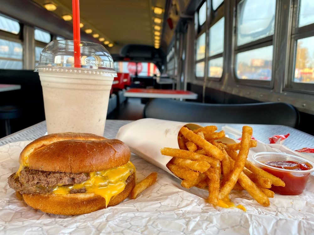 Lucky's Drive In: 13502 Pacific Ave S, Tacoma, WA