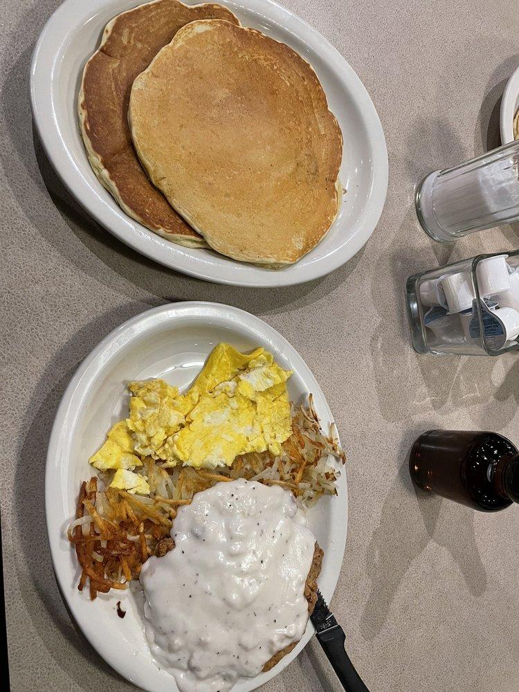 Ross' Restaurant: 2297 Falcon Ave, Bettendorf, IA