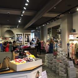 Matia s fashion outlet outlet stores corso venezia 37 for Outlet near milan