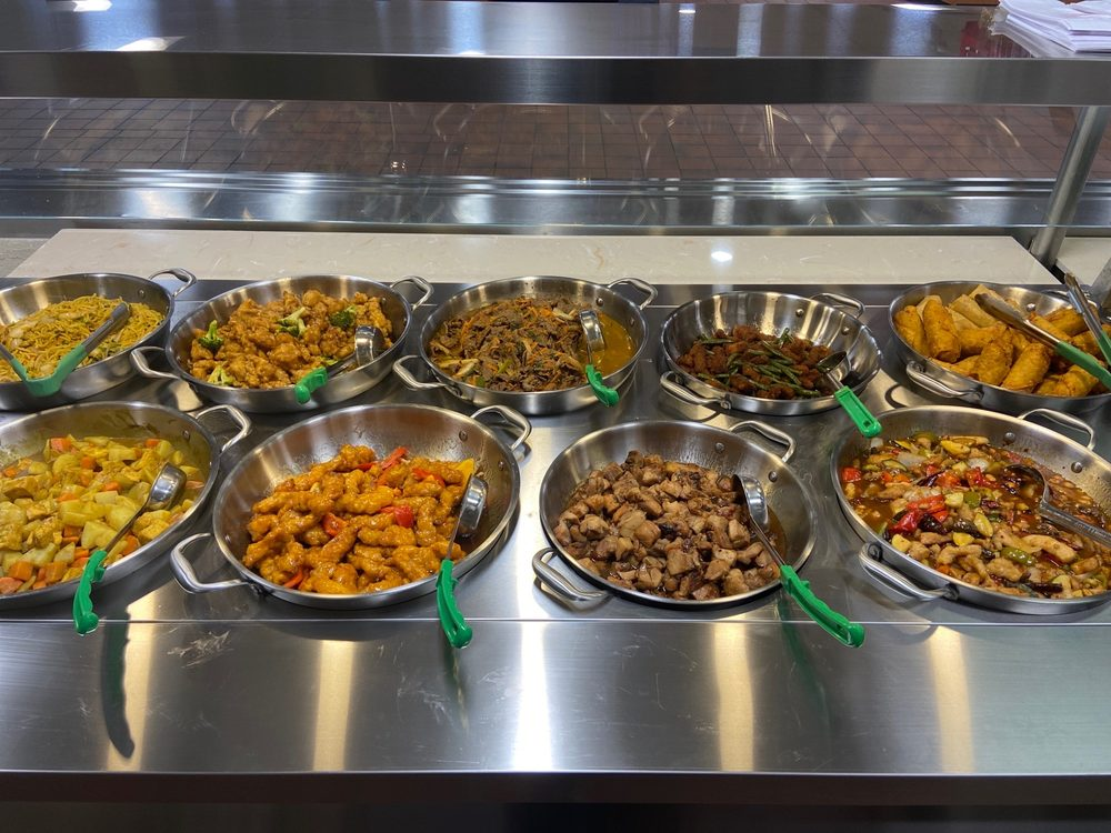 Blazing Wok Chinese Kitchen: 1556 Spearhead Division Ave, Fort Knox, KY