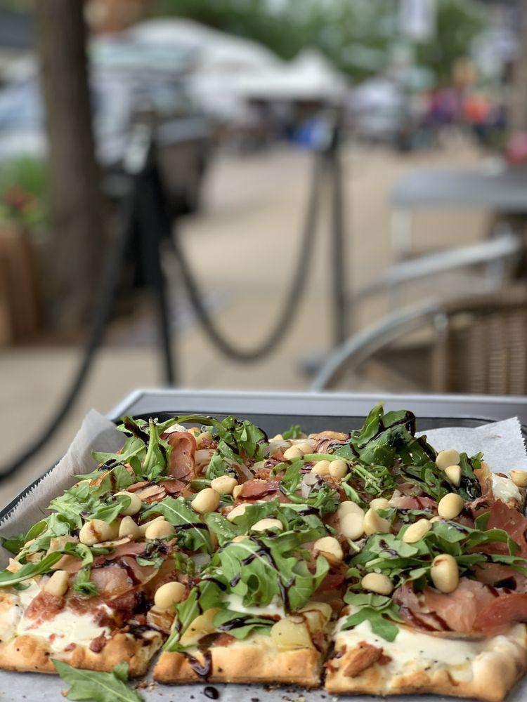 Olive's Fresh Excelsior: 287 Water St, Excelsior, MN