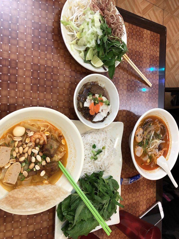 Cafe Mi Quang